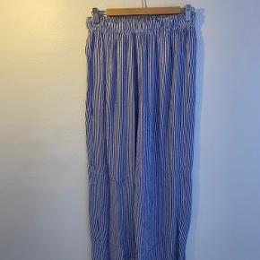 Bukser fra LMTD str 16 år men passende s-m