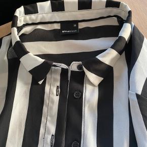 Super fin skjorte som ny