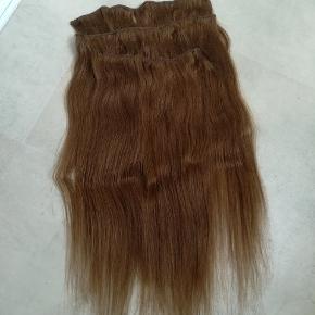 Ægte hår extension (trenser) har kun været brugt i en måned, de måler 50 cm flere billeder kan sendes 😊