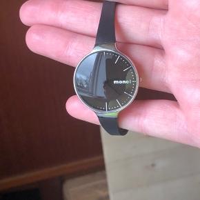 Monol ur Tror ikke den har været i brug Mangler nyt batteri