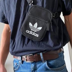 Adidas crossbody-taske