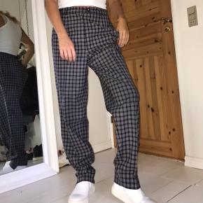Cool vintage bukser, str L Kan dog passe fx m som en cool oversize buks