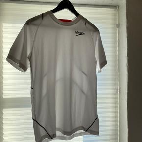 Speedo t-shirt
