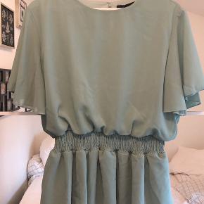 Tyrkis/mintgrøn bluse fra Sisters Point str. XL. Ny med prismærke. Byd🌸