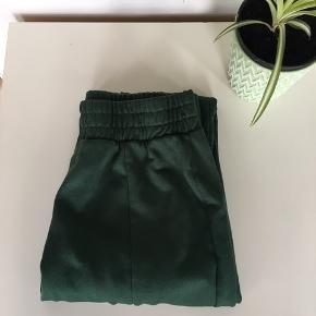 Super flotte grønne bukser fra Zara  🌸🌸