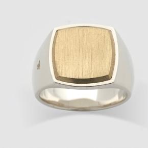 Tom Wood ring - Gold cushion Godt brugt og patineret - på den fede måde Str 53
