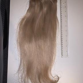 Mangler du ekstra fylde? 60-70 gram ekstensions 47 cm. Kan give lidt ekstra fylde i et lyst/skandinavisk farvet hår. Jeg har et billede hvor jeg har håret i, du er velkommen til at spørge efter dette billede.