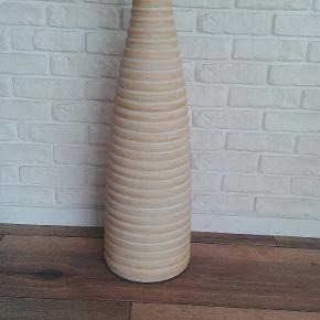 Stor dekorativ vase