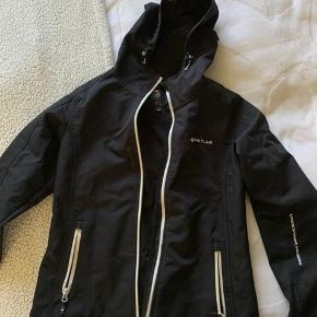 Flot fittet Whistler jakke. Er brugt en del, så kom gerne med bud☺️