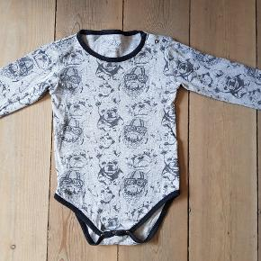 Body str 86 fra petit by Sofie Schnoor.  I flot stand