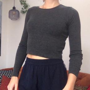 Gina Tricot bluse