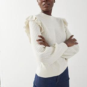 Flot sweater, brugt en enkelt dag. Fremstår som ny 💜