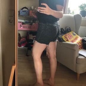 Shorts fra Levis, modellen 501. 🖤
