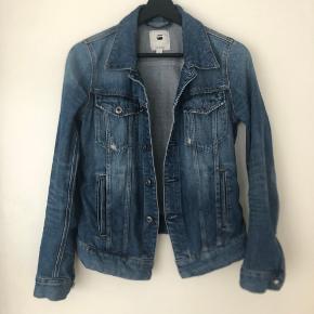 """G-Star 3301 denim jacket   Som ny!   Kan afhentes på Islands Brygge eller sendes efter ønske 💌  Brug gerne """"Køb Nu"""" 😊"""