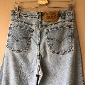 Skønne vintage levis jeans. Str 23/36