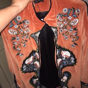 Fin jakke fra zara ALDRIG brugt