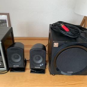 Well functioning Microlab speakers