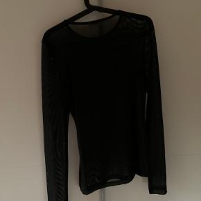 Sort mesh trøje