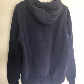 Fed Puma hoodie i navy blå Brugt, men ingen slid  Byd gerne❄️