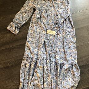 New collection kjole eller nederdel