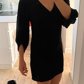 & Other Stories mini dress. Size 36. Used only a couple of times.