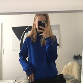 Tracksuit trøje købt i butik i New York i påskeferien, aldrig brugt