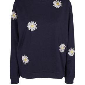 Varetype: Sweatshirt Farve: Blå  Brugt en gang