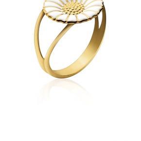 Den populære marguerit ring fra Georg Jensen - den er brugt, men i god stand - den er desværre blevet for lille til mig :(