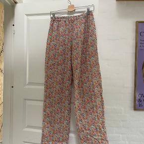Studio Onyva bukser