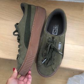 Sælger disse sko da de desværre er for små til mig. De er derfor aldrig blevet brugt