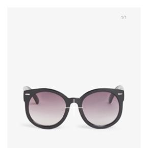 Købte de her briller til Roskilde,men fik dem aldrig brugt, så skal bare af med dem   Kan hentes eller mødes i Kbh/ Nordsjælland  Eller sendes på købers regning