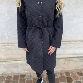 Sisters Point frakke
