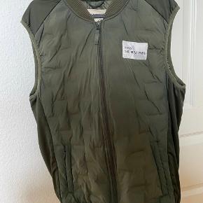 Newline Halo vest