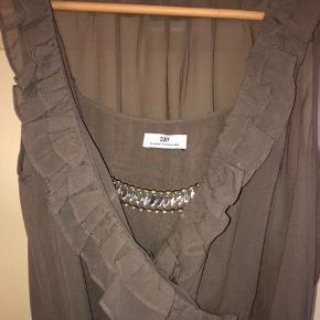 Flot stand, 2 lags kjole.