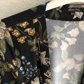 Happy Holly Kimono