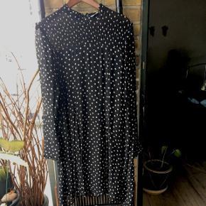 Fed kjole fra Part two str. 42🌺 nypris 1099 kr.