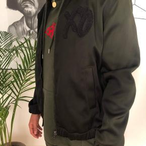 The Weekend X H&M bomber jacket  Cond: 8/10 Np:350kr Mp:90kr Str.L