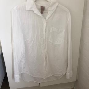 H&M skjorte, brugt få gange