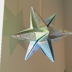 Super fin stjerne lavet af landkort fra Sonobe Light