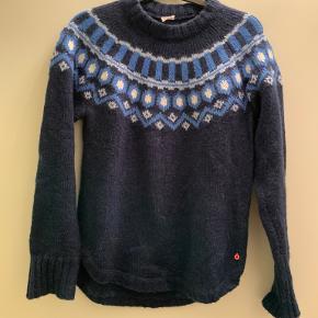 Lægger sweater