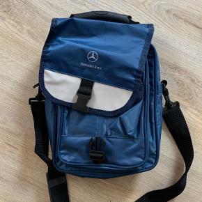 Mercedes-Benz skuldertaske