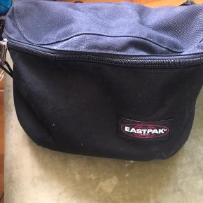 Eastpak bæltetaske