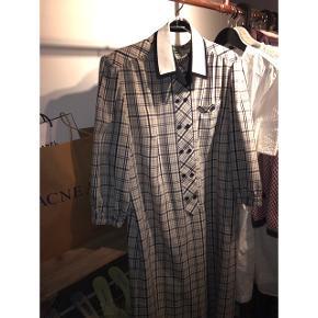 Vintage kjole, oversize med fin med bælte Str xl, jeg er selv en medium