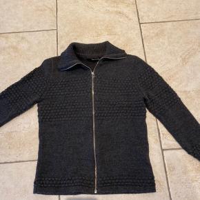 Lækkert trøje i uld