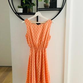 MIDI dress in polka dot with elastic waist
