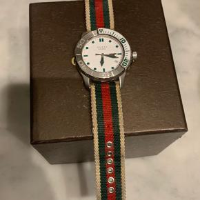 Gucci ur