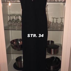 Smukkeste kjole - brugt 1 gang til galla