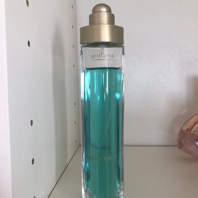 Sælger min parfume fra Oriflame ☀️