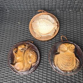 Tre skønne keramik platter Uglen solgt  Pr stk mp 85kr  Randers nv ofte Århus Ålborg Odense København mm Sender gerne på købers regning   Til salg på flere sider