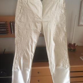 Skønne bukser brugt max 2 gange